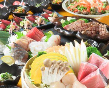 飲み放題付きコースも3000円(税抜)からご提供!80種類を超える充実したドリンクを自慢の海鮮と共にお楽しみ下さい